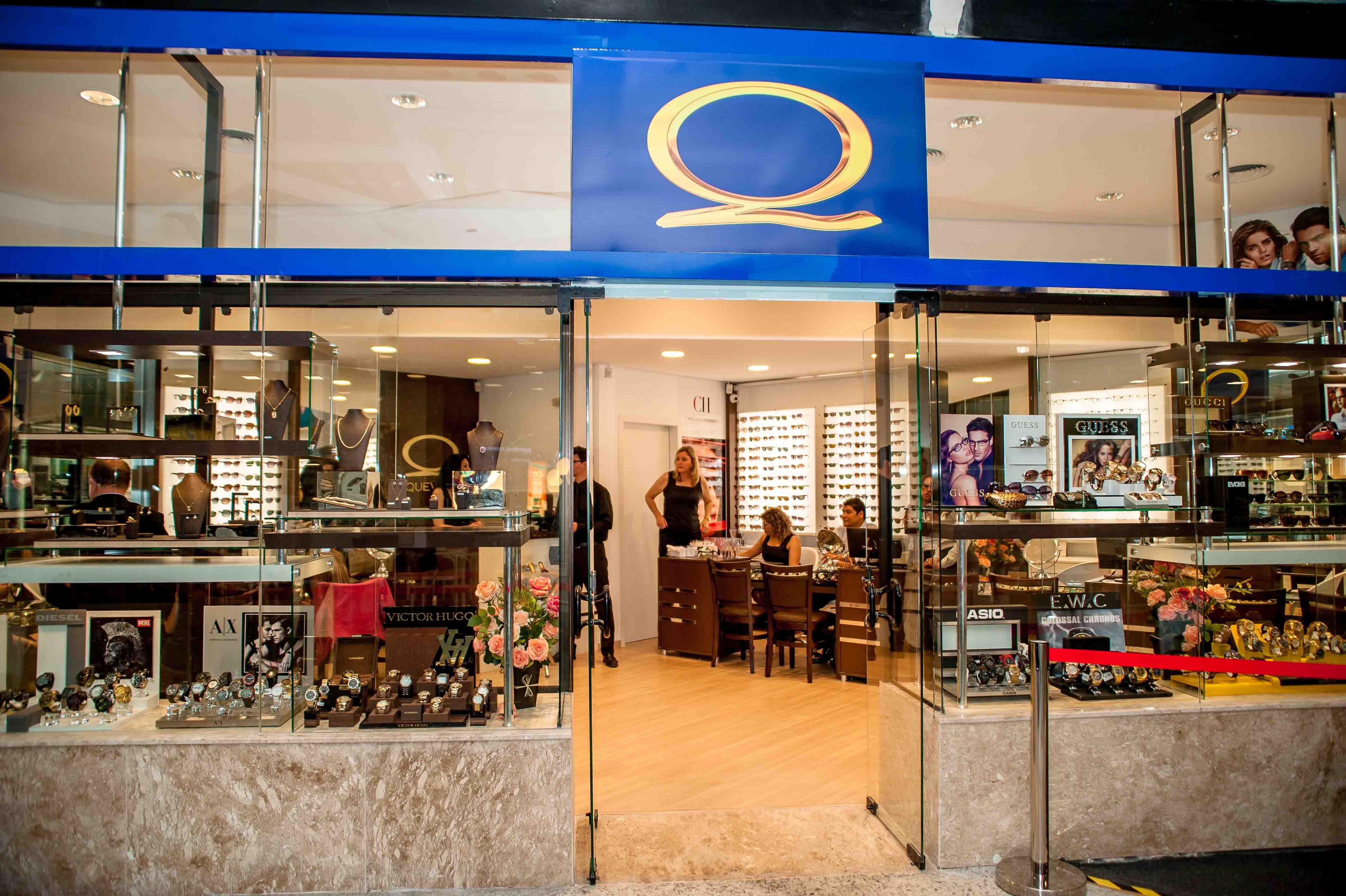 9de11e22adeeb Reinauguração Quevedo Shopping Itaguaçu   Quevedo - Joalheria e Ótica